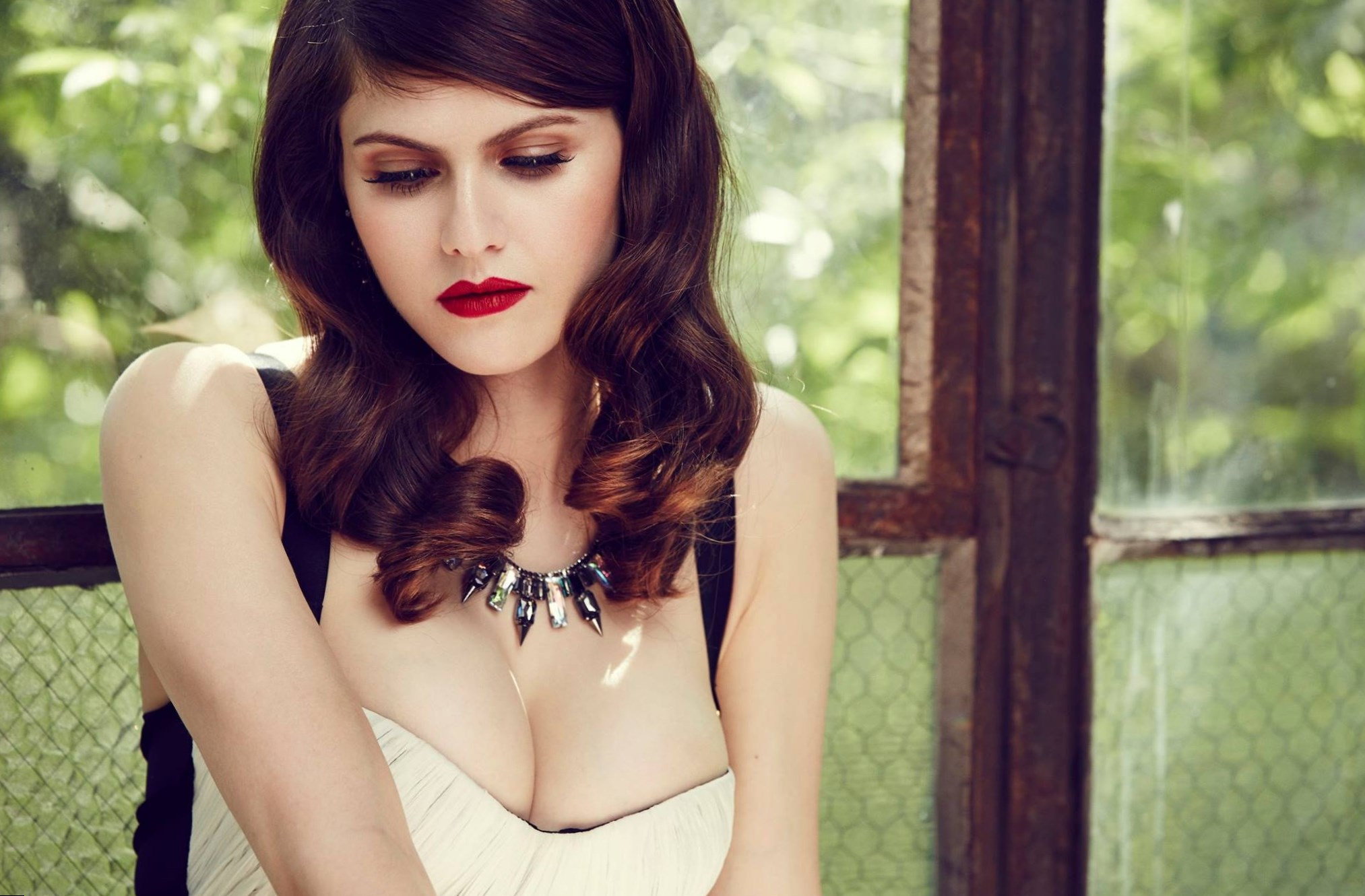 Alexandra Daddario - Height, Weight and Body Measurements