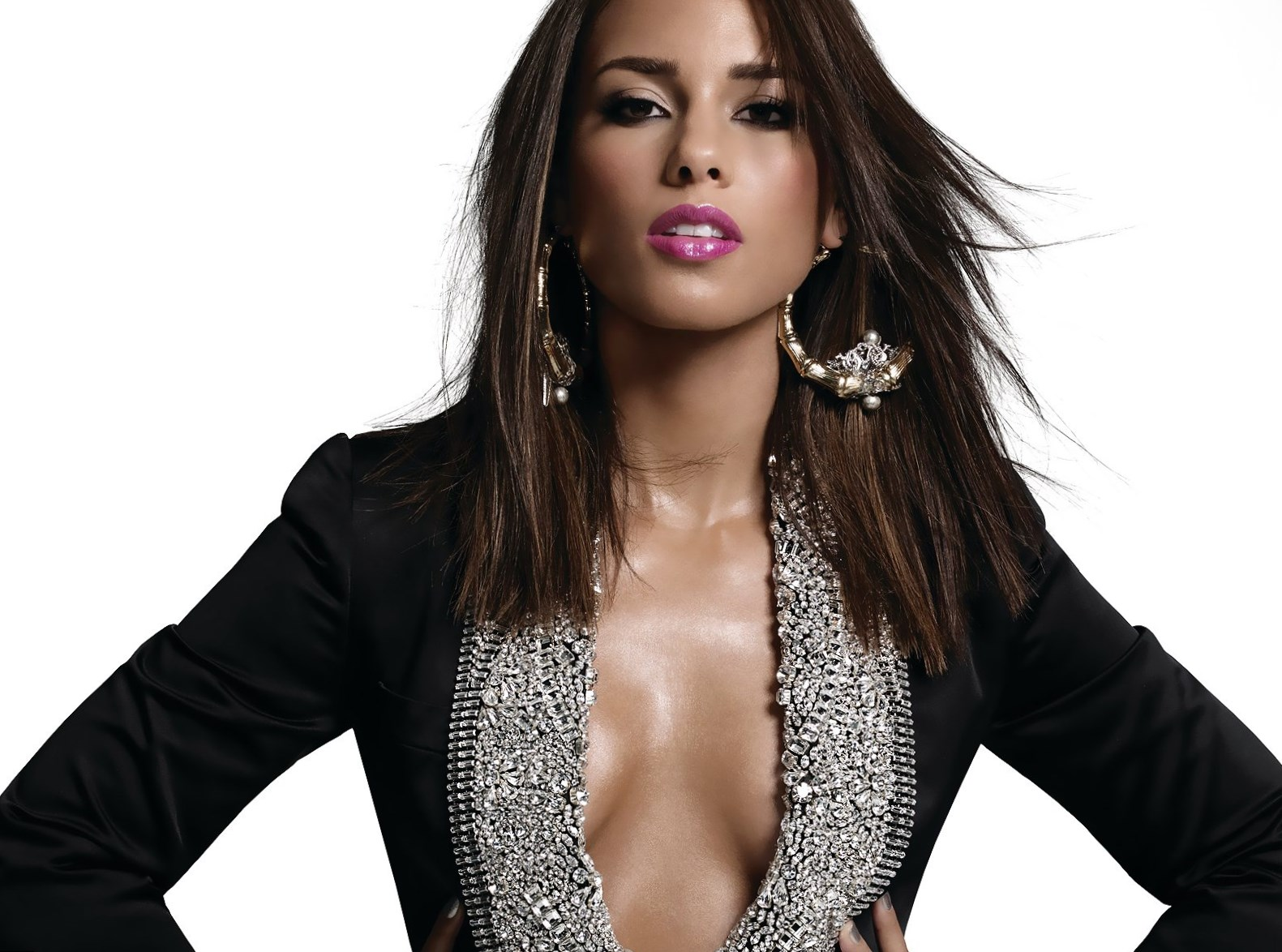 Alicia Keys - Height, Weight and Body Measurements