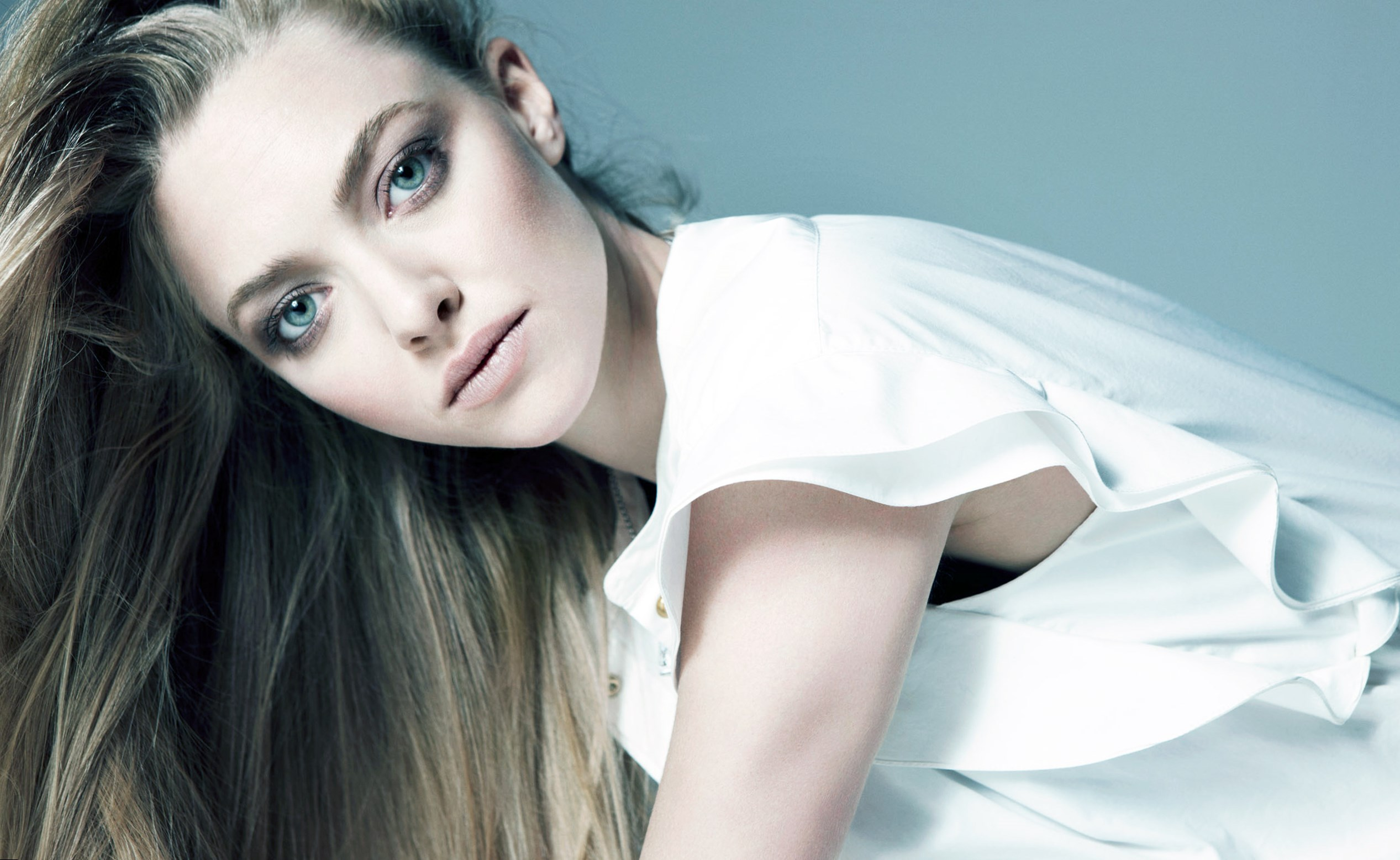 Amanda Seyfried - Height, Weight and Body Measurements