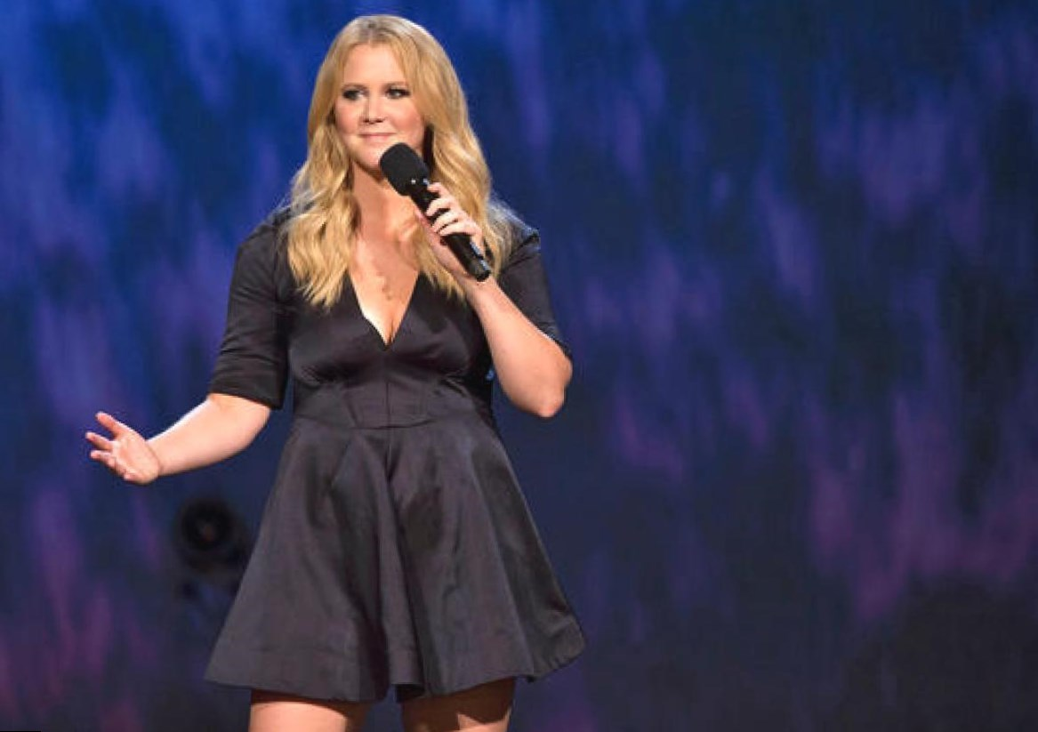Amy Schumer  Height, Weight and Body Measurements