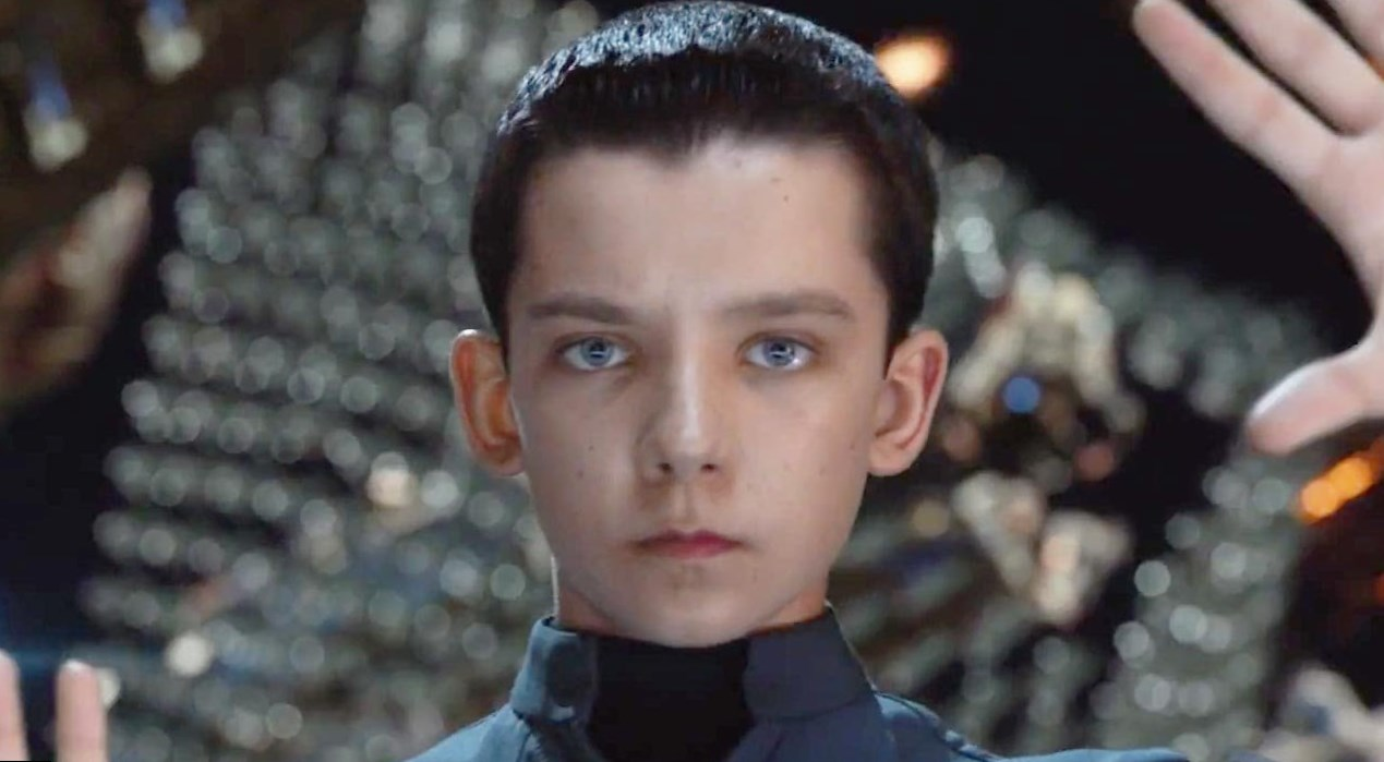 Asa Butterfield  Height, Weight and Body Measurements