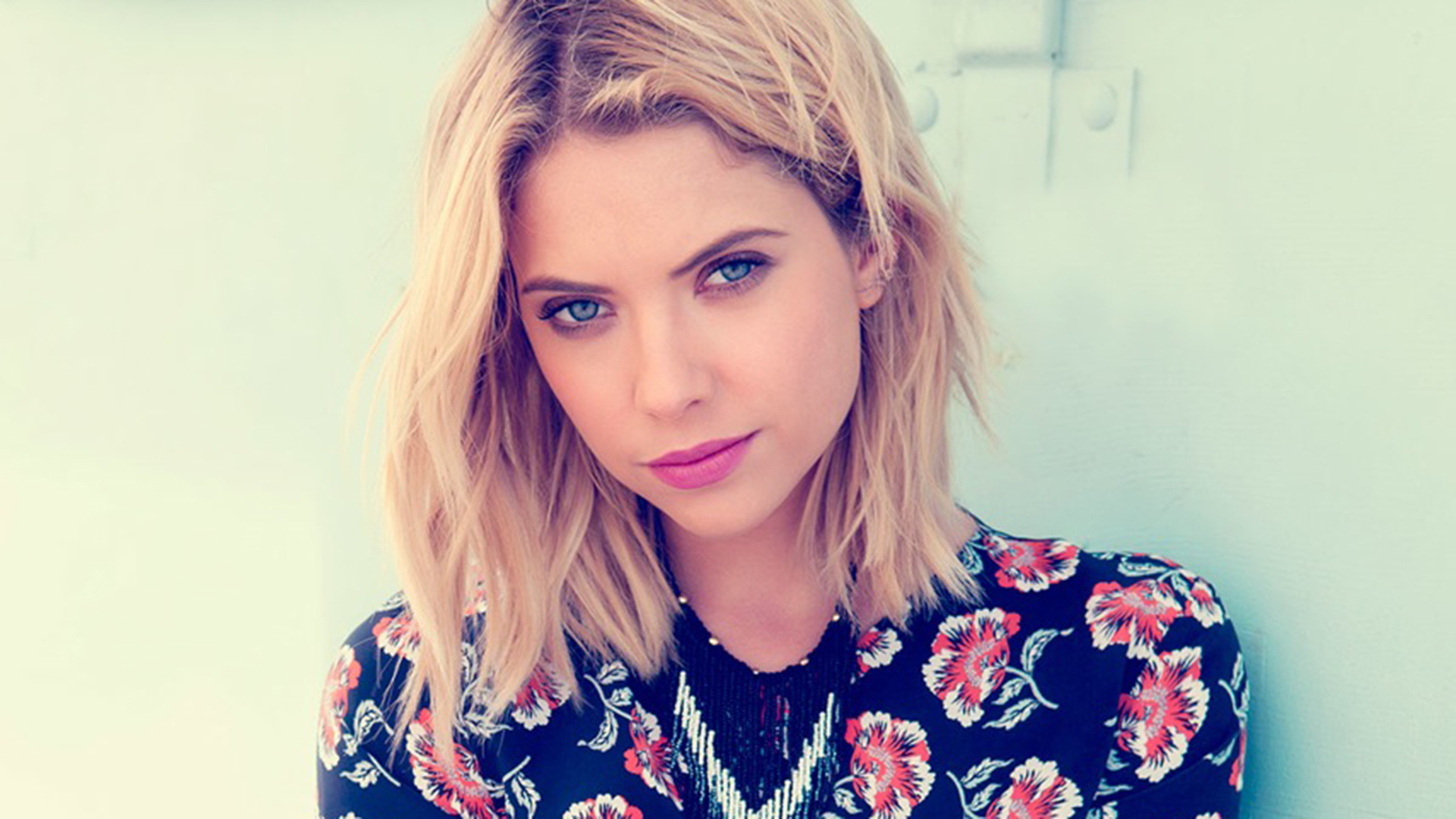 Ashley Benson   Height, Weight and Body Measurements