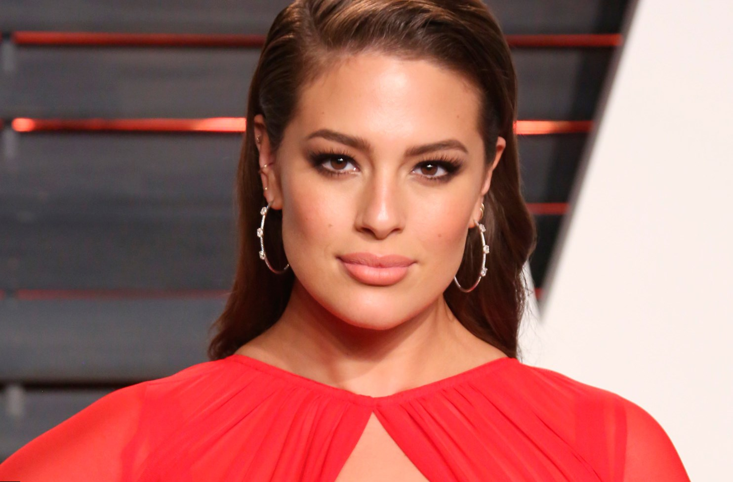 Ashley graham height weight age and body measurements for Model height