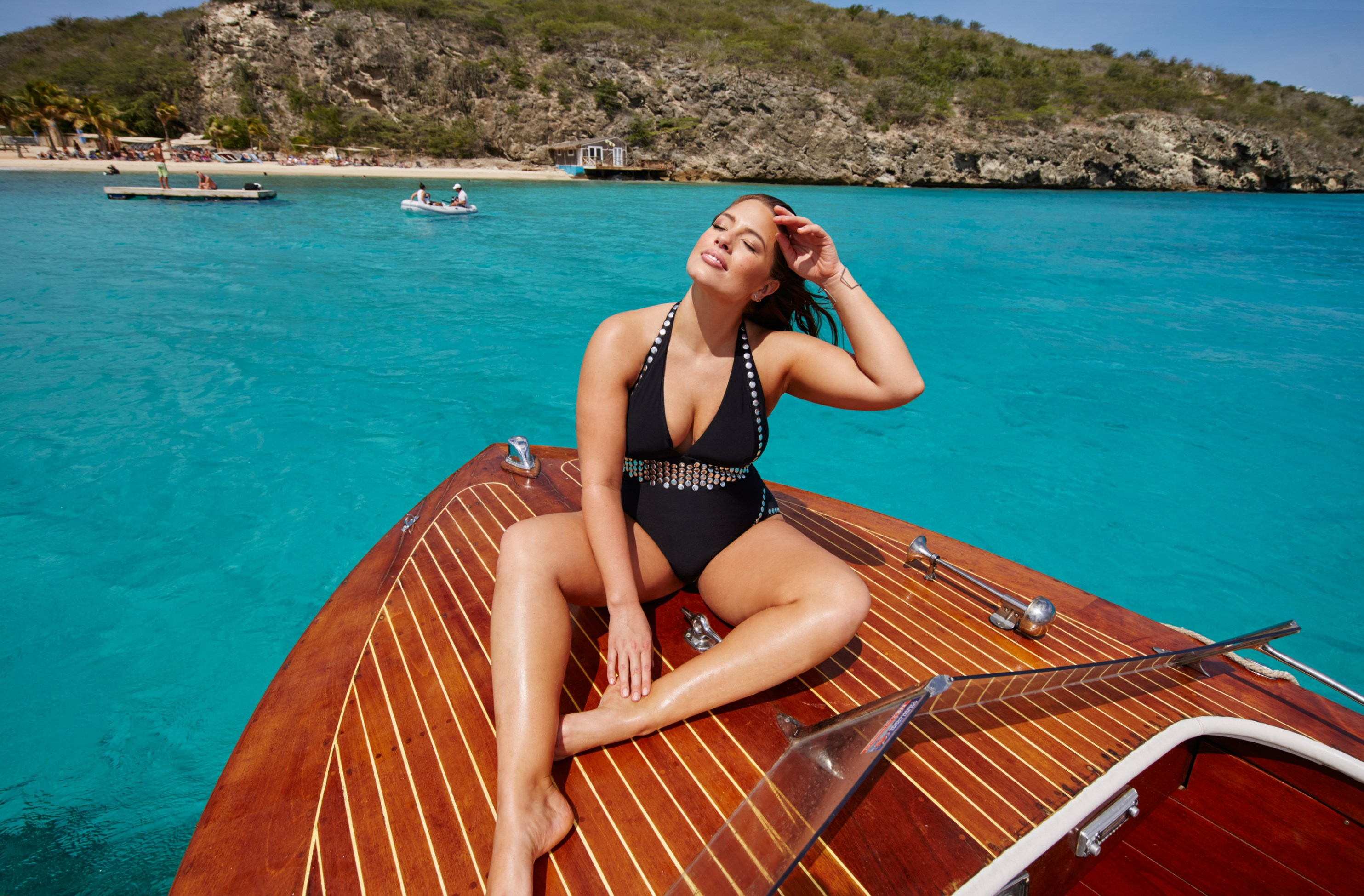 Ashley Graham Height, Weight and Body Measurements