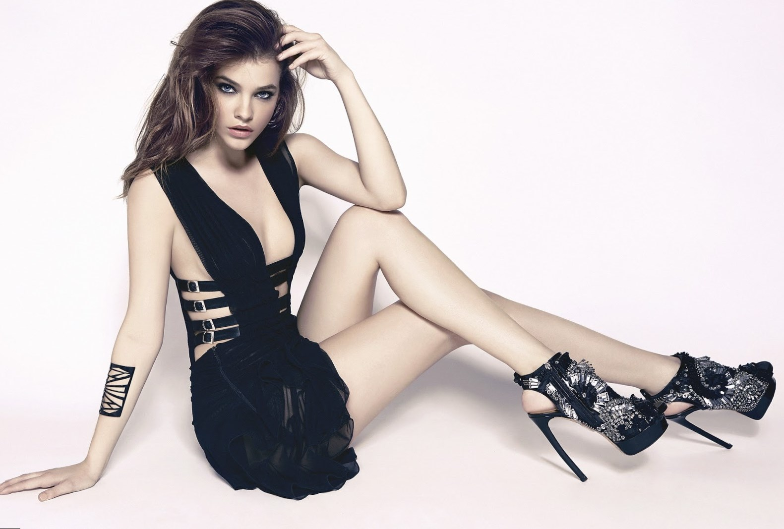 Barbara palvin height weight age and body measurements for Model height