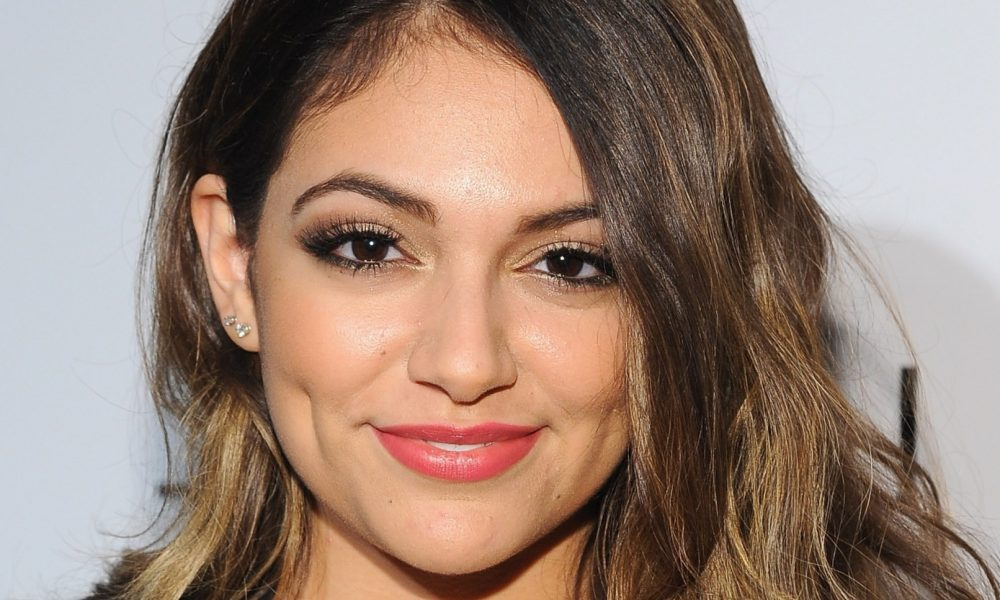 Bethany Mota Height Weight Age And Body Measurements