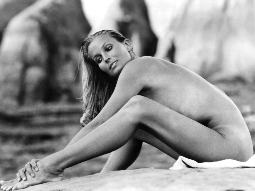 bo-derek-s-body-measurements-1
