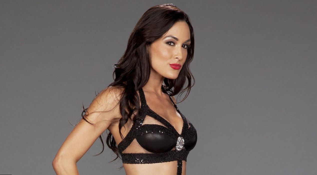 Brie Bella (the Bella twins) Weight