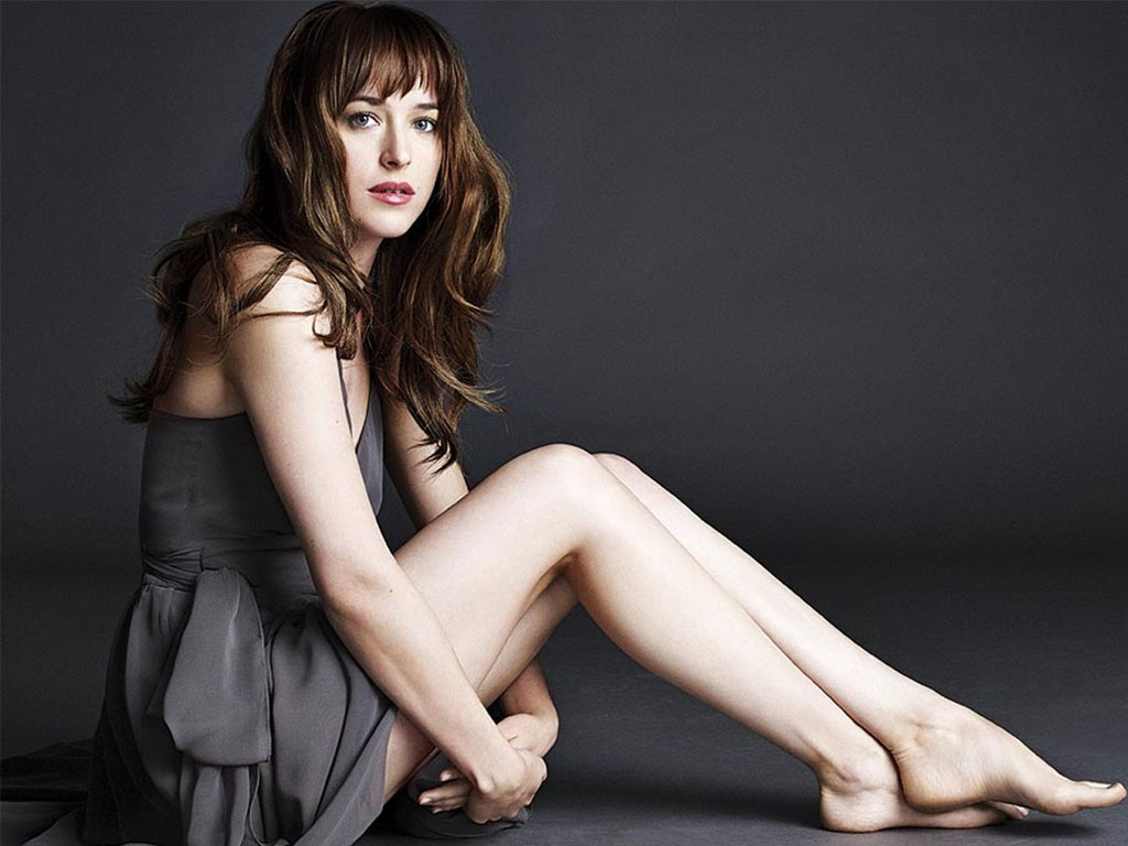 dakota-johnson-s-body-measurements-1