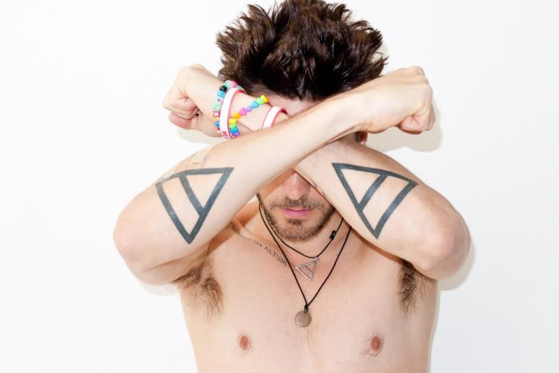 Татуировка джареда лето треугольник