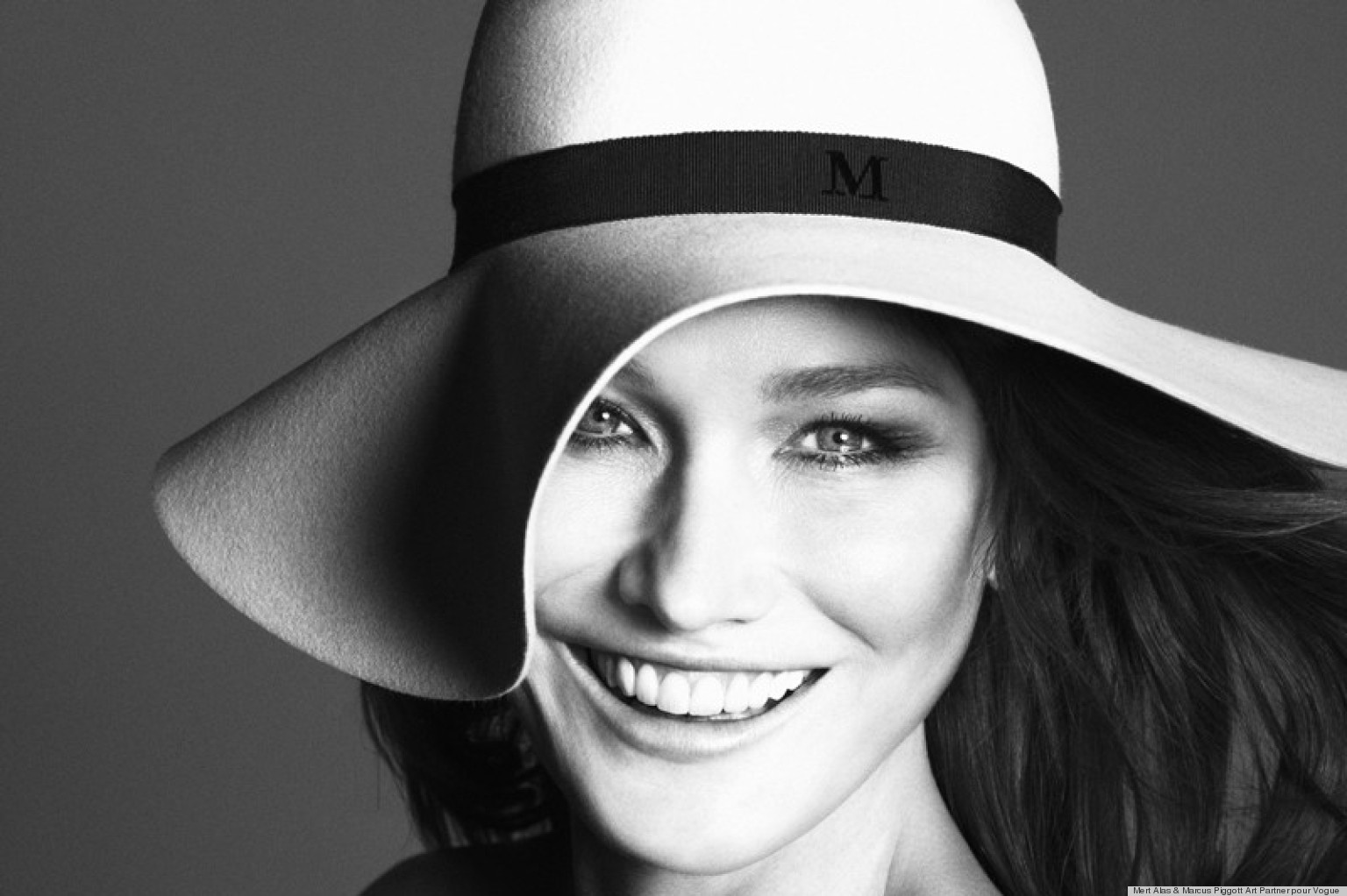 Carla bruni height weight age and body measurements for Bruni arredamento