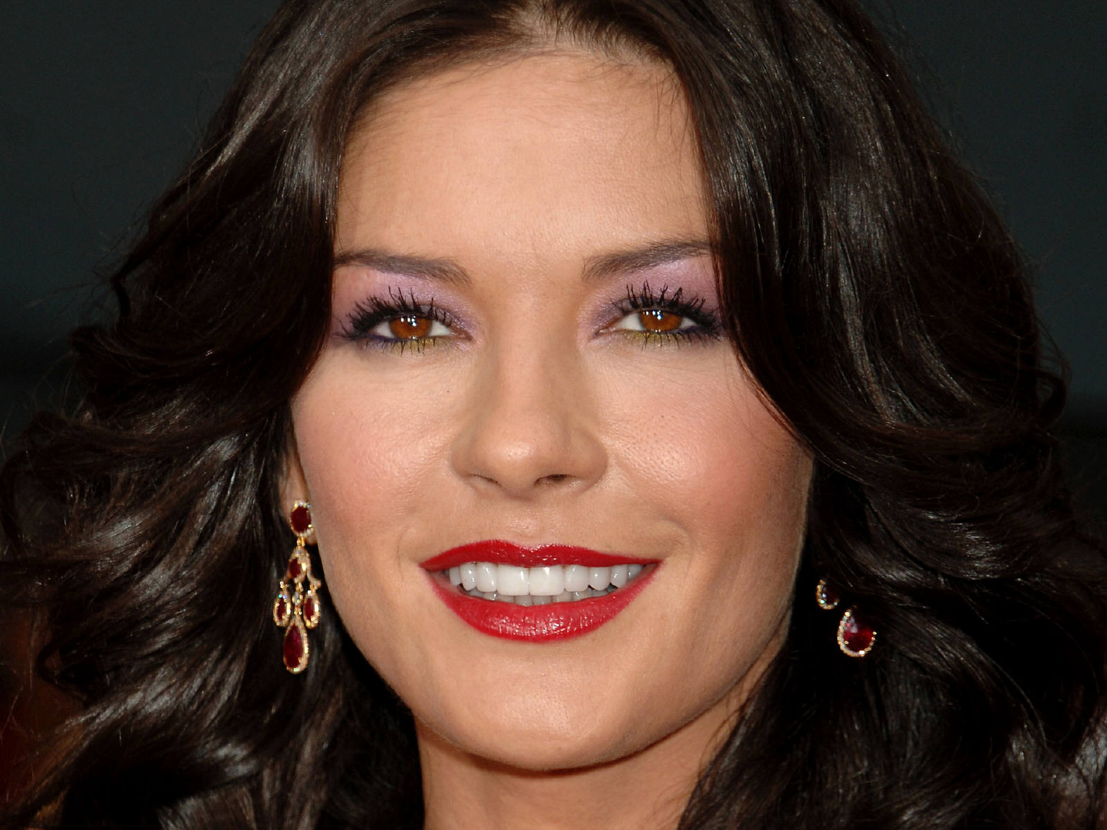 Catherine Zeta-Jones (born 1969) Catherine Zeta-Jones (born 1969) new pictures