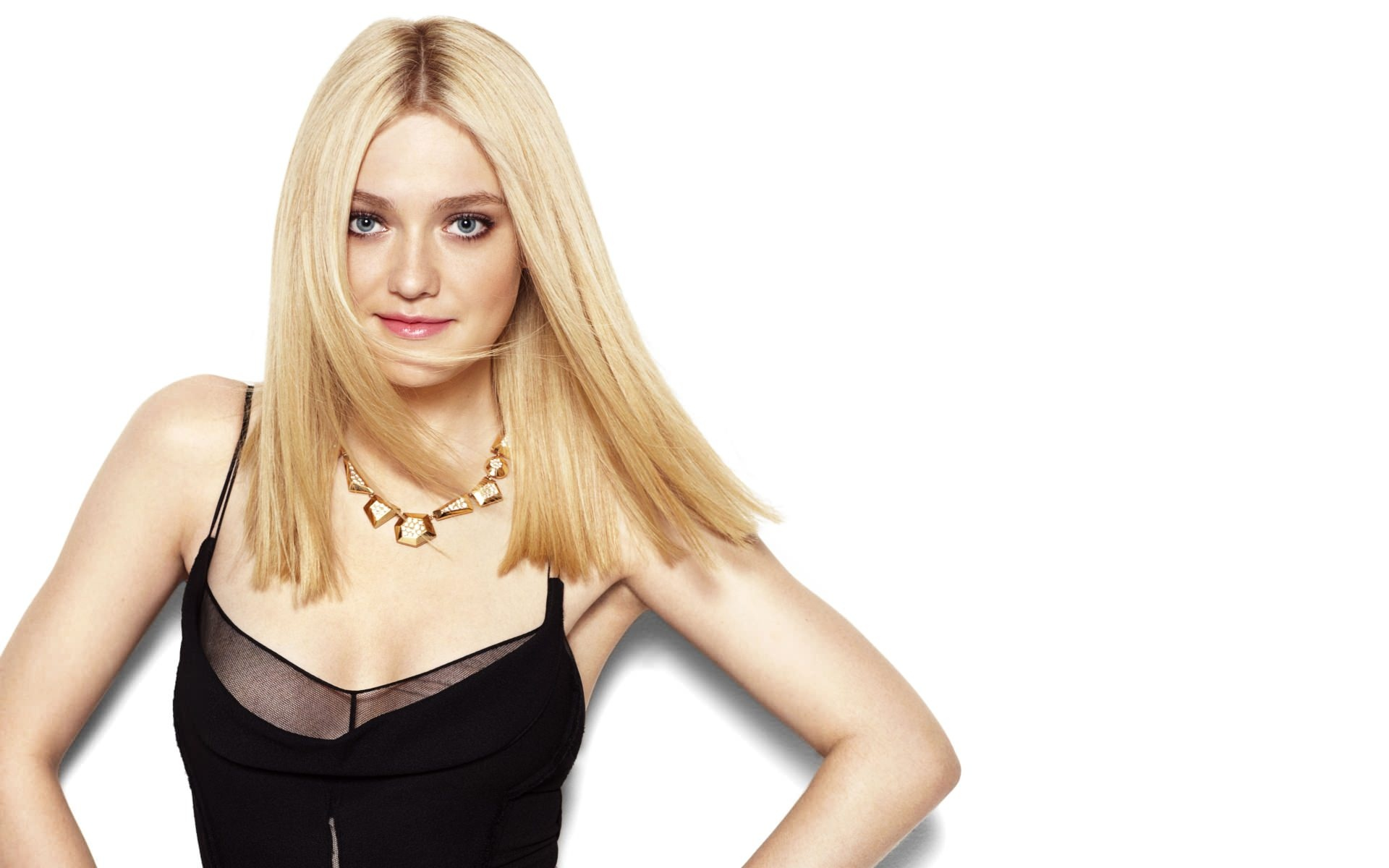 know-dakota-fanning-s-height-weight-3