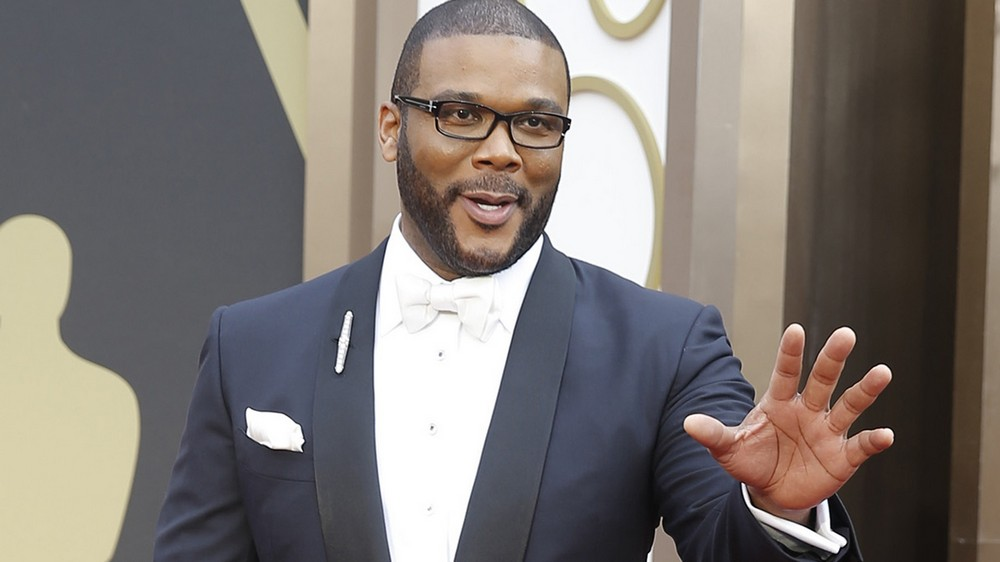 Tyler Perry`s height, weight, age