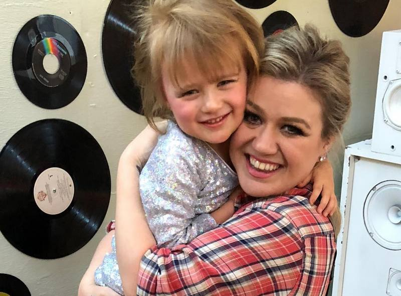 Kelly Clarkson's children - daughter River Rose