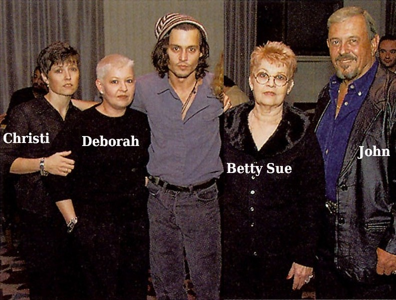 Johnny Depp`s family