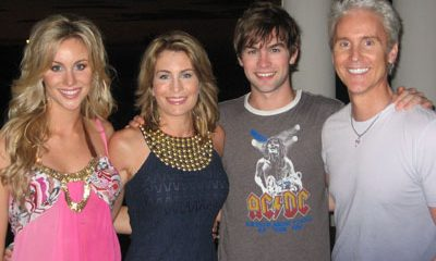 Chace Crawford`s family: parents and siblings