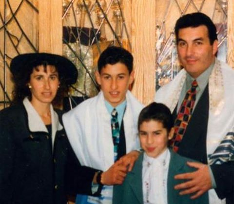 Amy Winehouse`s family - parents and brother