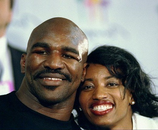 Evander Holyfield's family - ex-wife Janice Itson