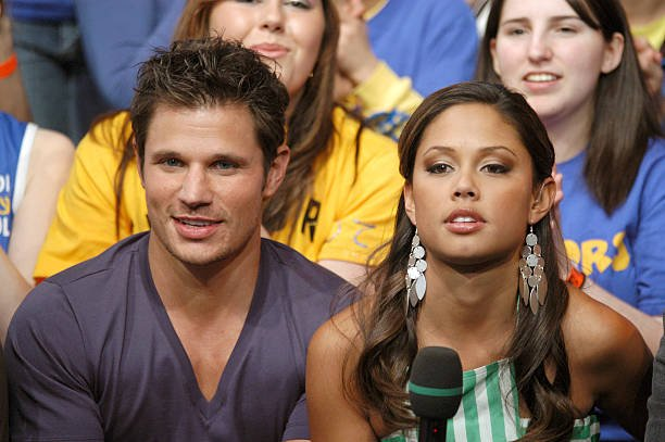 nick lachey and vanessa minnillo started dating