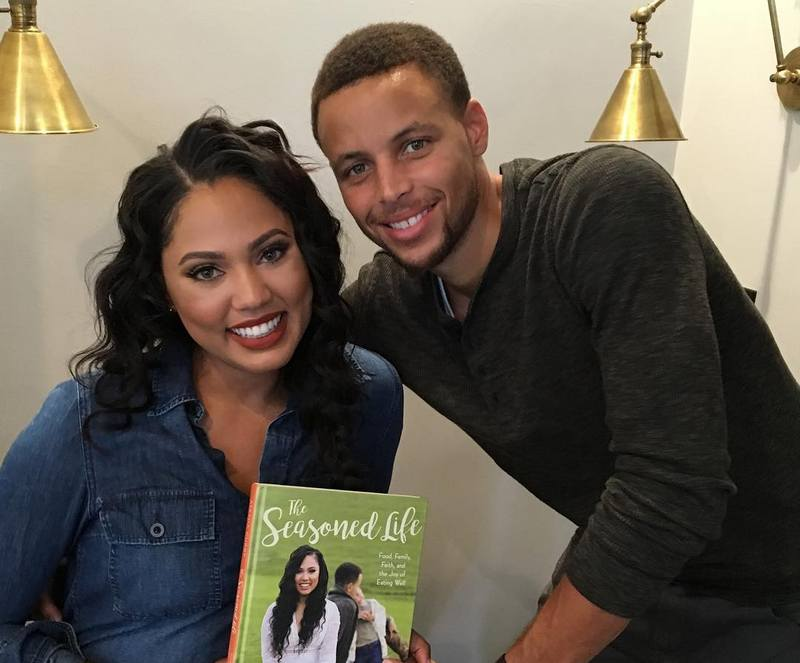 Wardell Stephen Curry's family - wife Ayesha Curry