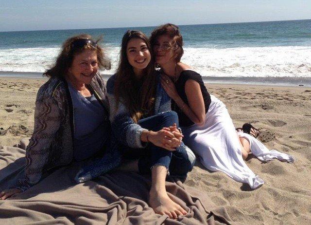 Teri Hatcher's family - mother Esther Beshur