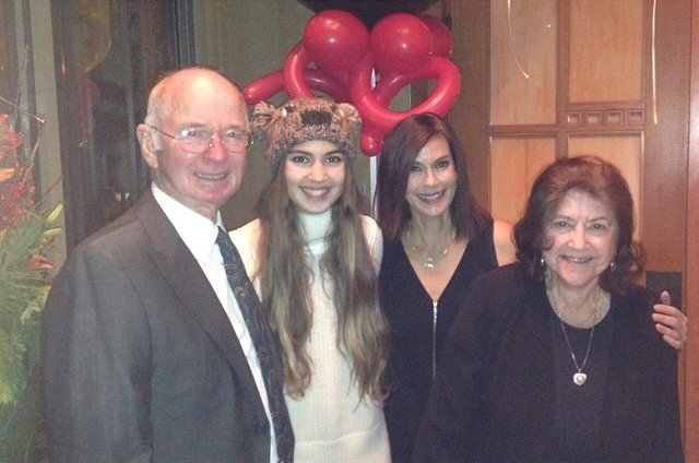Family of Desperate Housewife Teri Hatcher: Husband ...