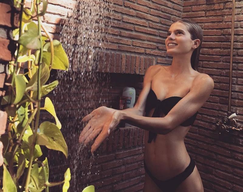 Enrique Iglesias' siblings - half-sister Victoria Iglesias