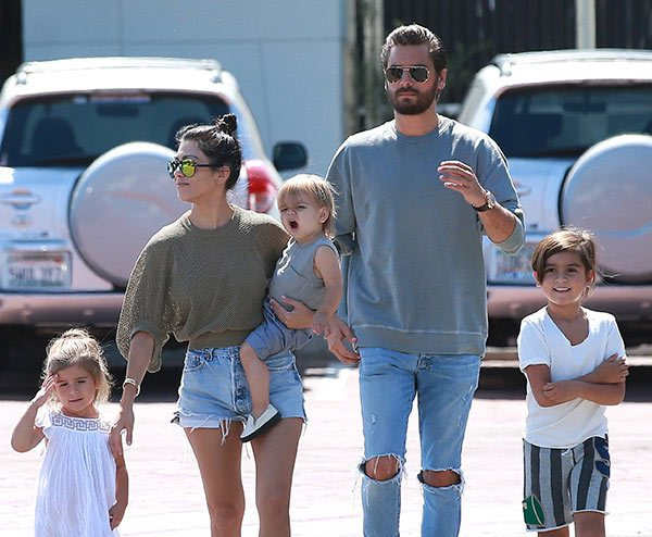 Famous Socialite Kourtney Kardashian And Her Cute Children Https