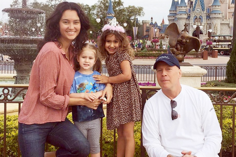 america s action star bruce willis and his family