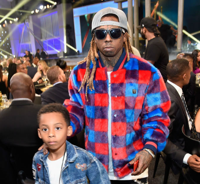 Who are the family members of the famous rap artist Lil Wayne?