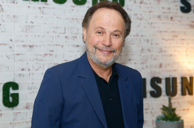 Billy Crystal's family: parents, siblings, wife and kids