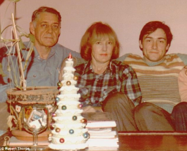 Kevin Spacey's family - father Thomas Fowler