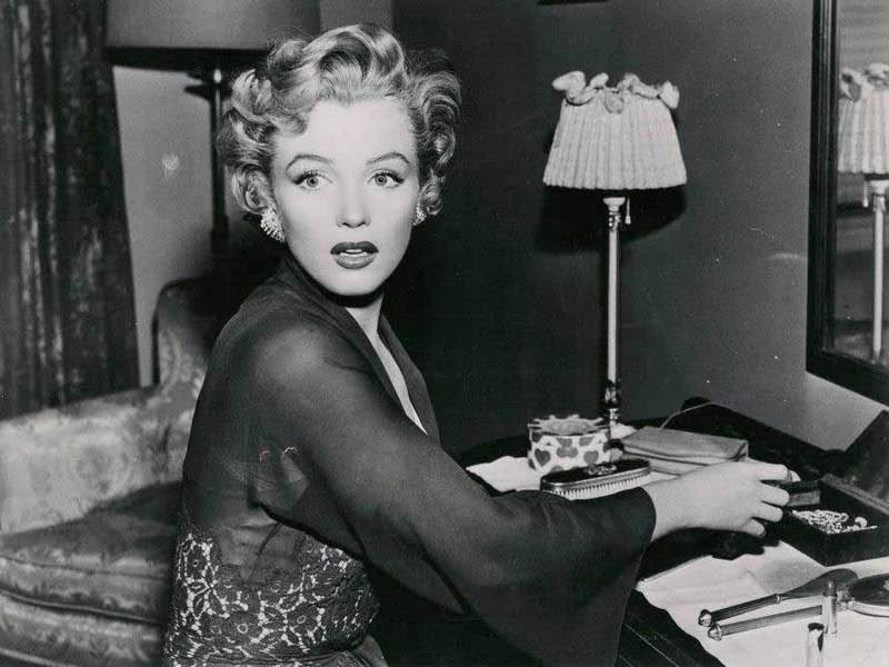 the life and hollywood career of marilyn monroe Property from the life and career of marilyn monroe on december 6, 2014 julien's auctions will again make history with an impressive collection of property from the personal and professional life of marilyn monroe.