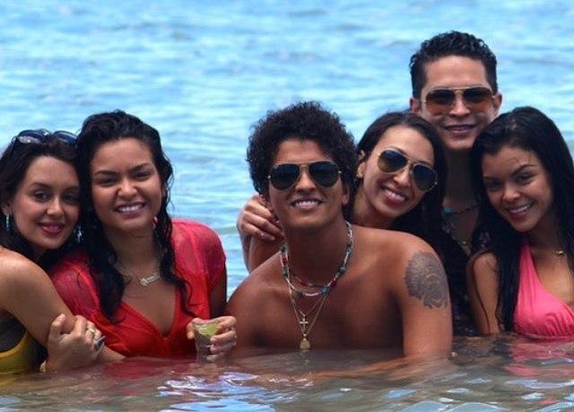 Bruno Mars' siblings