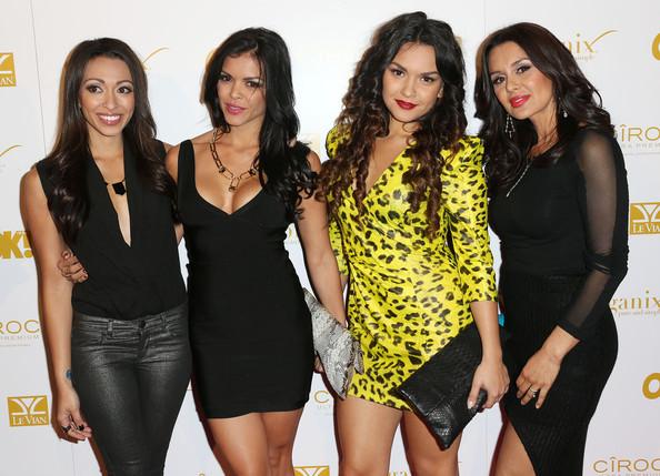 Bruno Mars' siblings - 4 sisters