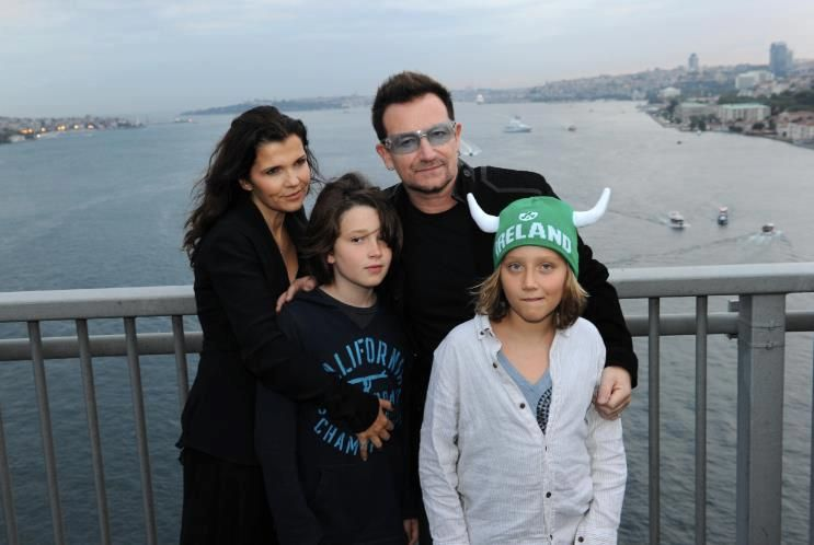 Bono's family - wife and sons