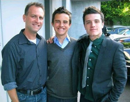 Josh Hutcherson's family - father Chris Hutcherson and brother