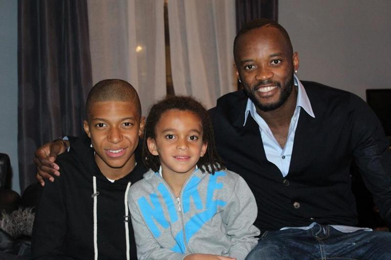 Kylian Mbappe's siblings - 2 brothers