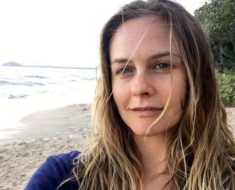 Let S Get To Know Alicia Silverstone S Family Parents