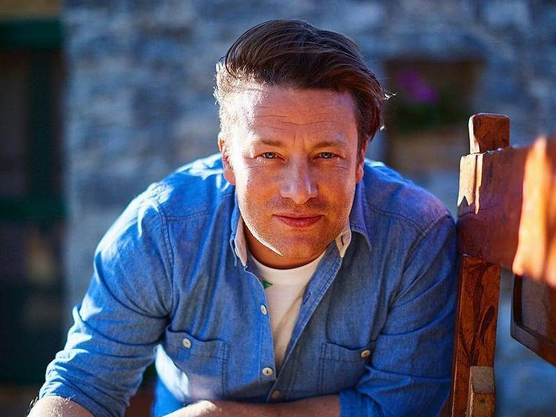 Jamie Oliver's family: parents, siblings, wife and kids