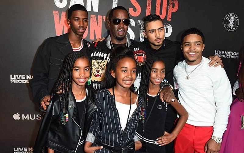 Famous People Who Have 6 Children - Sean Combs