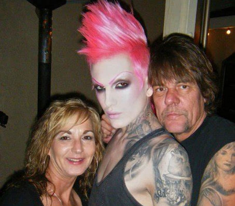 Jeffree Star's family - paternal aunt and uncle