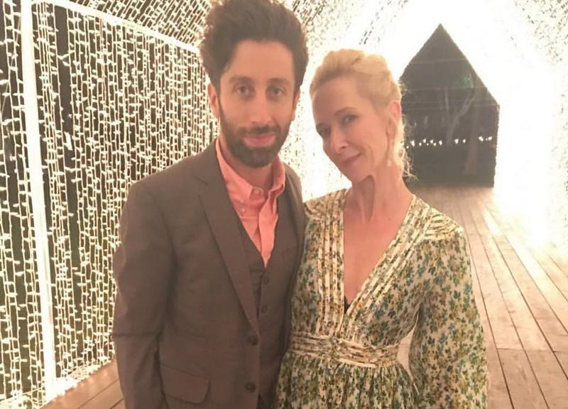 Simon Helberg with wife Jocelyn Towne