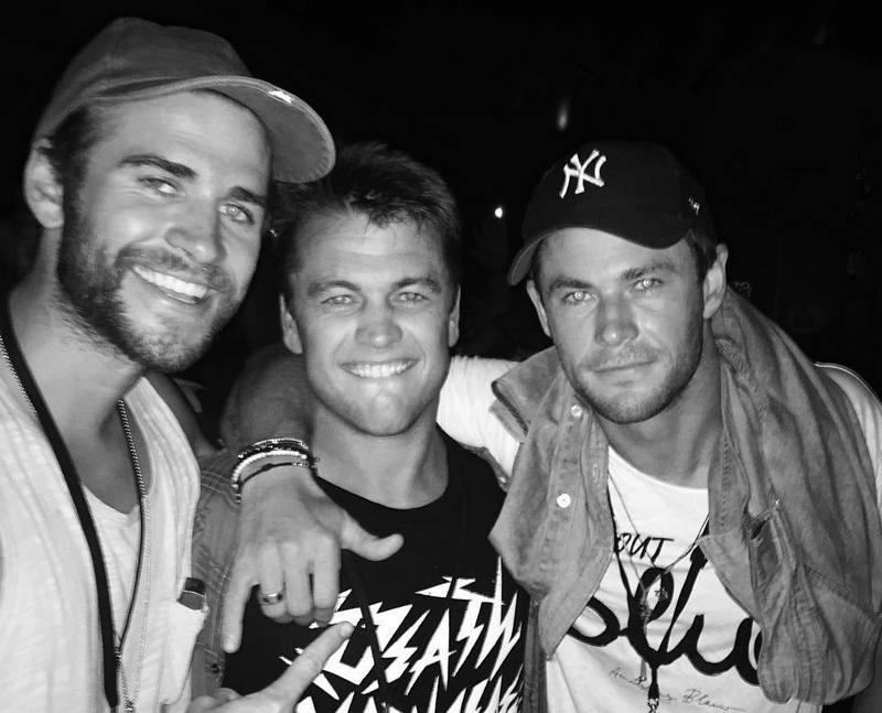 Chris Hemsworth's siblings