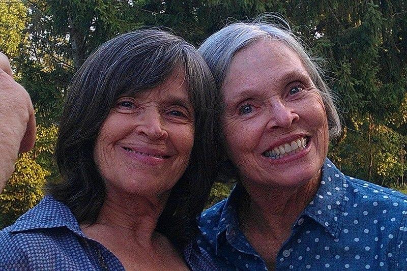 Willem Dafoe's siblings - sister Nancy Christensen