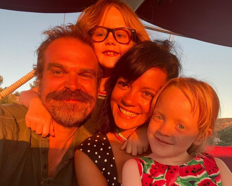 David Harbour family - wife Lily Allen