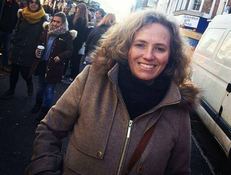 Natalie Imbruglia siblings - sister Carla Imbruglia