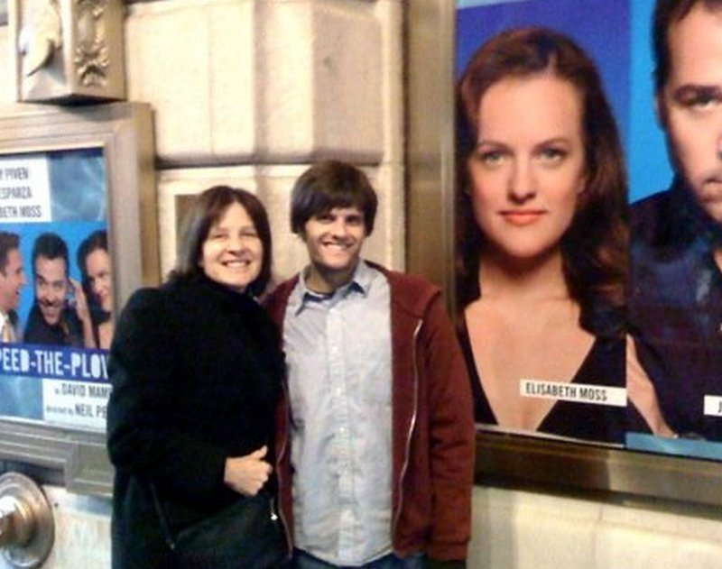 Elisabeth Moss family - mother Linda Moss