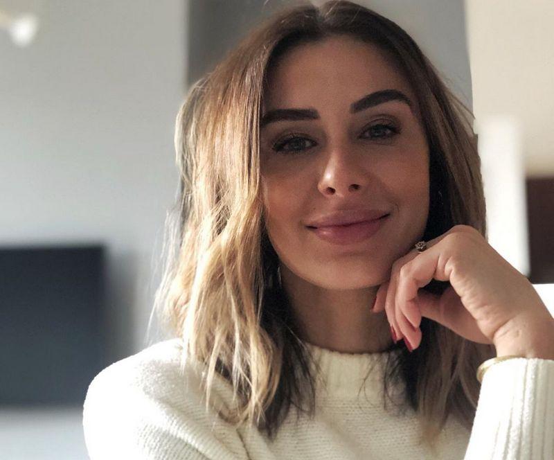 Natasha Leggero siblings - sister Tara Leggero